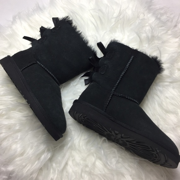 255a02d07e9 Ugg Girls Boots Classic Bailey Bow Black Sheepskin NWT